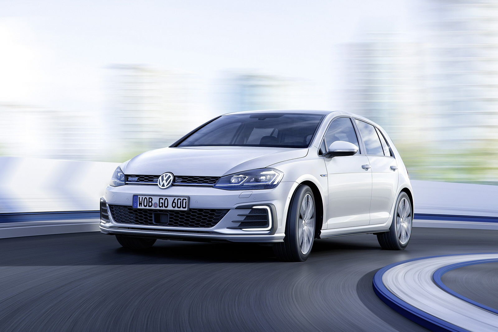 Talk the Torque: Volkswagen's Latest Golf GTE
