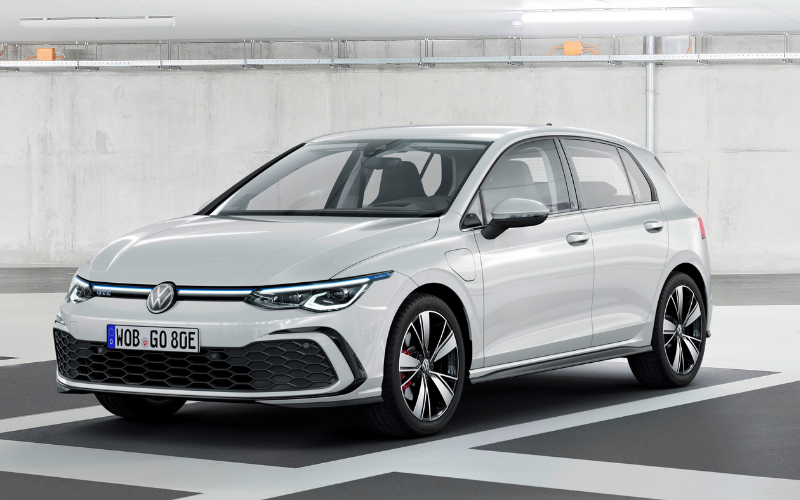 Volkswagen reveals 2020 Golf GTE with powerful plug-in hybrid technology