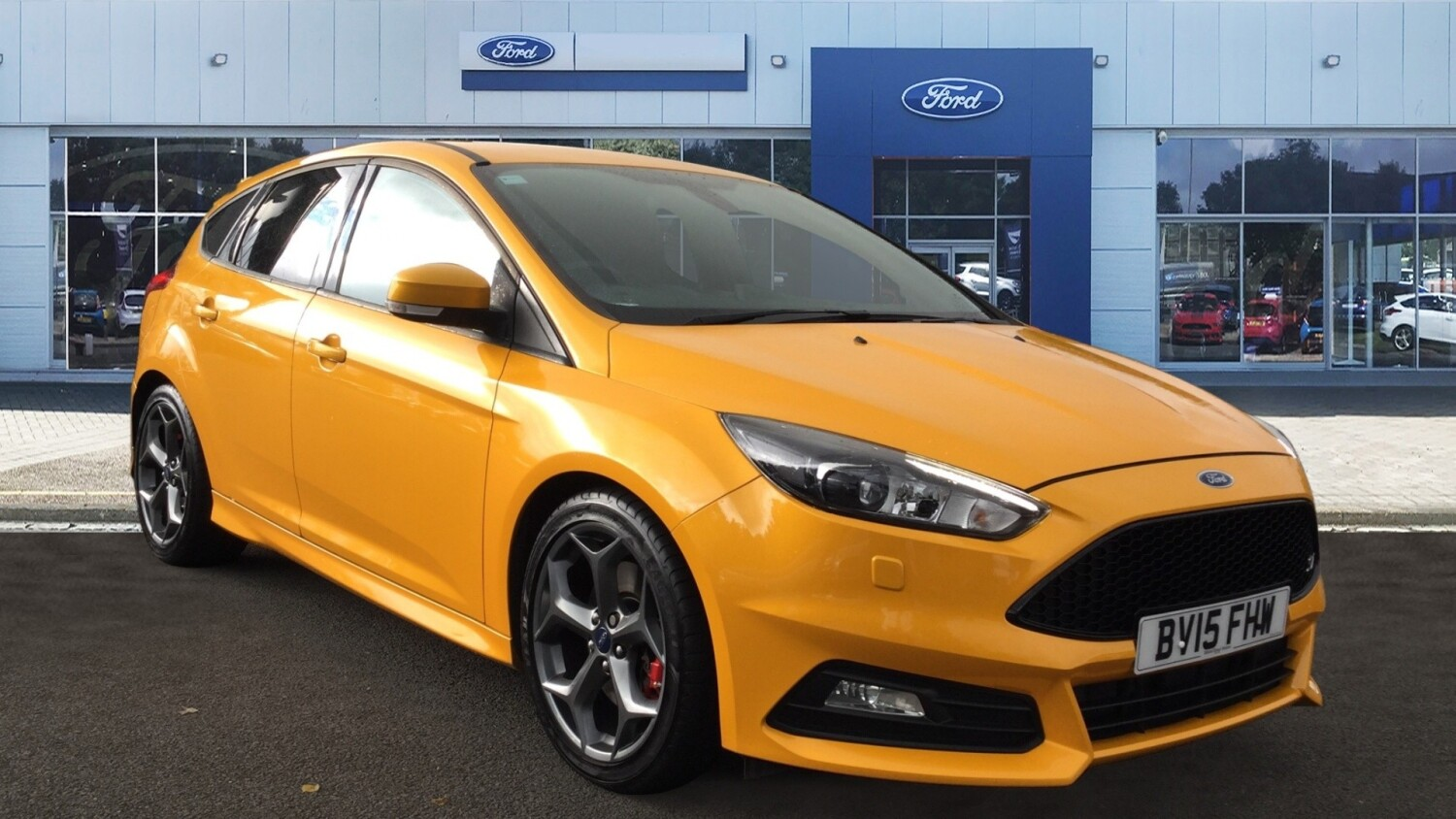 used ford focus 2 0t ecoboost st 3 5dr petrol hatchback for sale vertu volkswagen. Black Bedroom Furniture Sets. Home Design Ideas