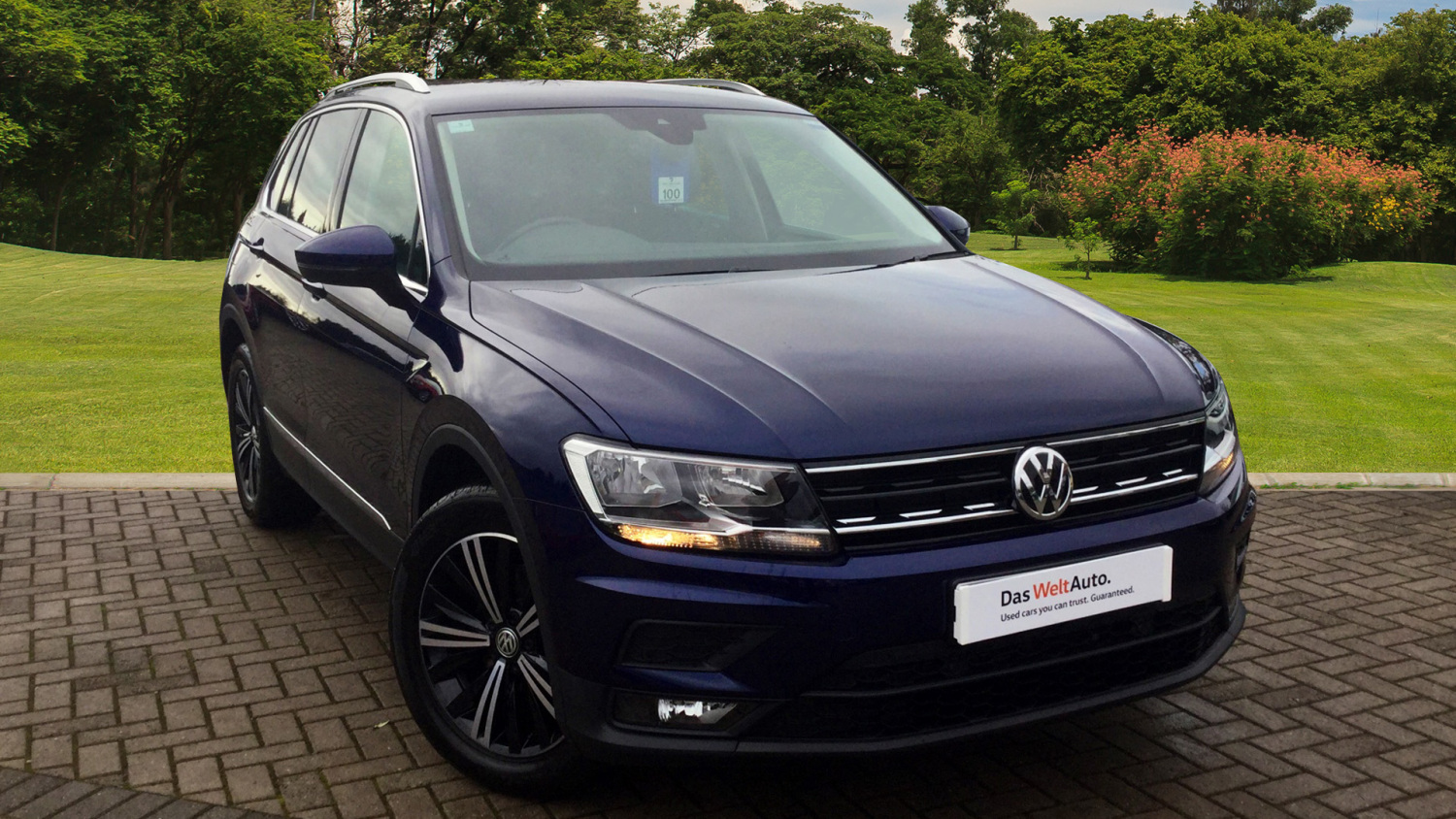 used volkswagen tiguan 2 0 tdi bmt 150 se 5dr diesel. Black Bedroom Furniture Sets. Home Design Ideas