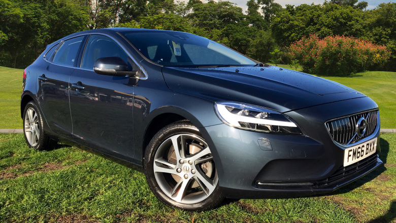 Volvo V40 T3 [152] Inscription 5Dr Petrol Hatchback