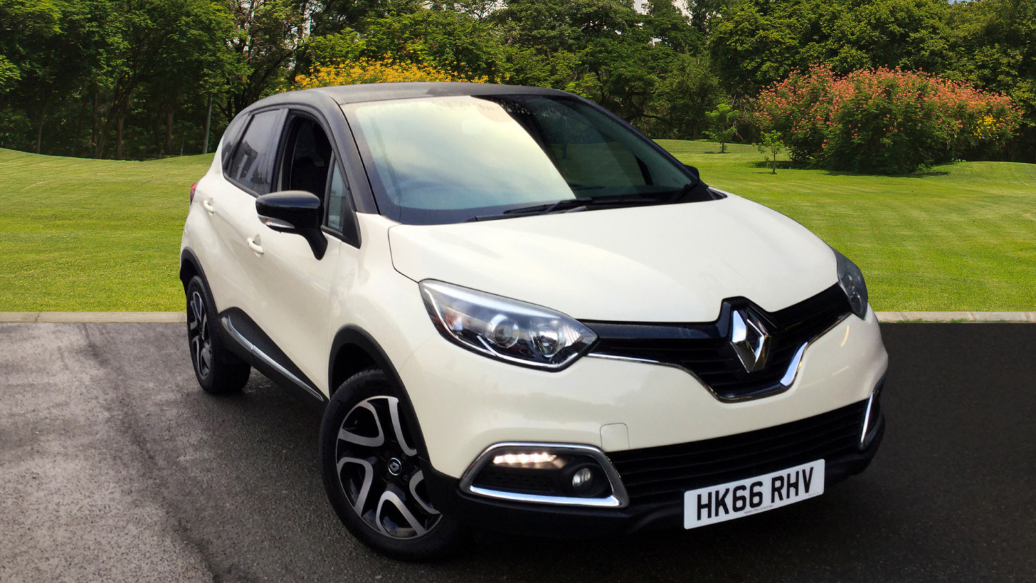 used renault captur 1 5 dci 90 dynamique s nav 5dr diesel hatchback for sale vertu volkswagen. Black Bedroom Furniture Sets. Home Design Ideas