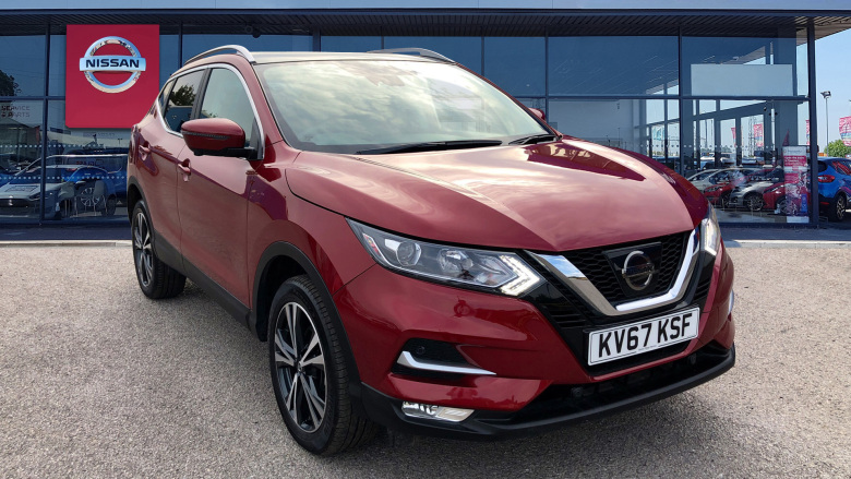 Nissan Qashqai 1.6 Dci N-Connecta [glass Roof Pack] 5Dr Diesel Hatchback