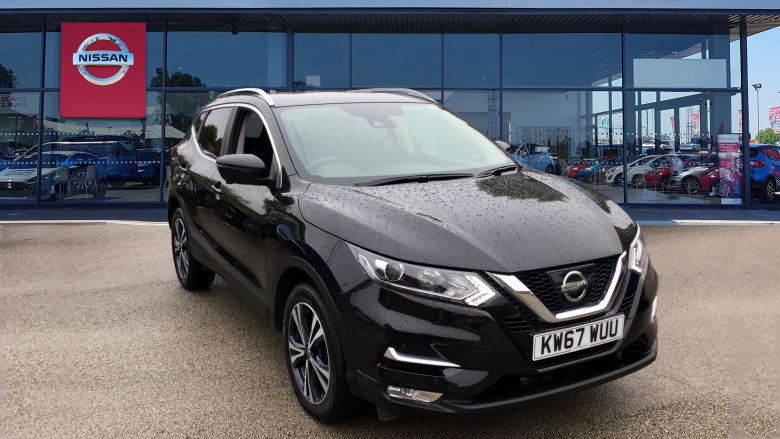 Nissan Qashqai 1.5 Dci N-Connecta [glass Roof Pack] 5Dr Diesel Hatchback