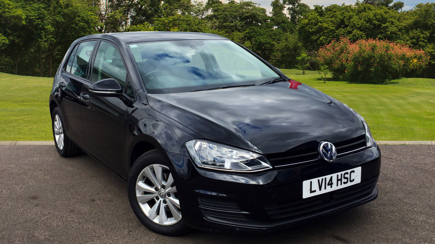 used volkswagen golf 1 6 tdi 105 se 5dr dsg diesel hatchback for sale vertu volkswagen. Black Bedroom Furniture Sets. Home Design Ideas