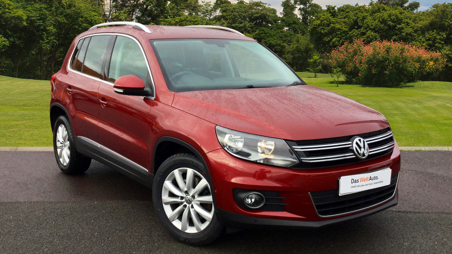 used volkswagen tiguan 2 0 tdi bluemotion tech match 5dr 2wd diesel estate for sale vertu. Black Bedroom Furniture Sets. Home Design Ideas