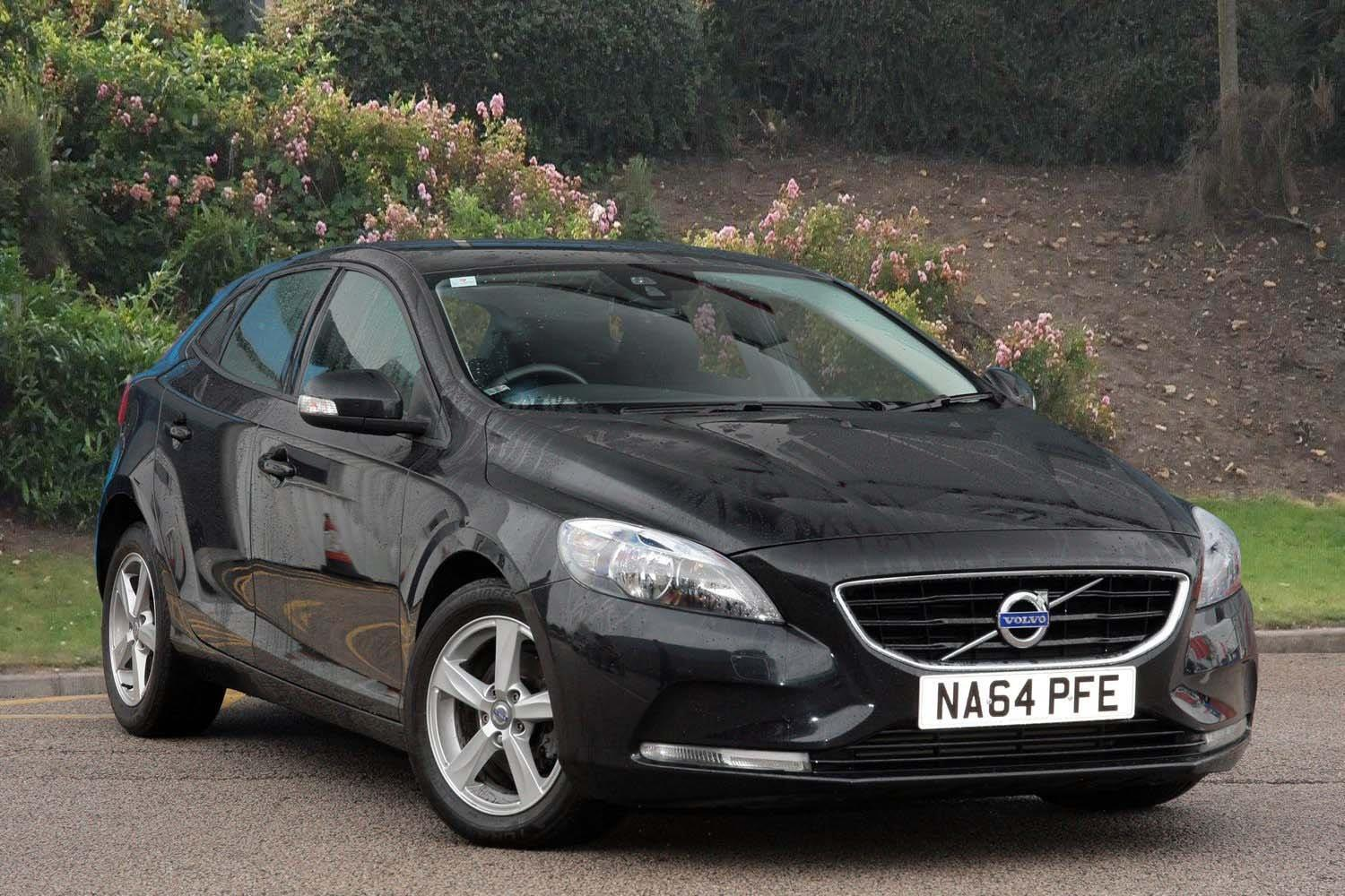used volvo v40 d2 es 5dr diesel hatchback for sale vertu. Black Bedroom Furniture Sets. Home Design Ideas