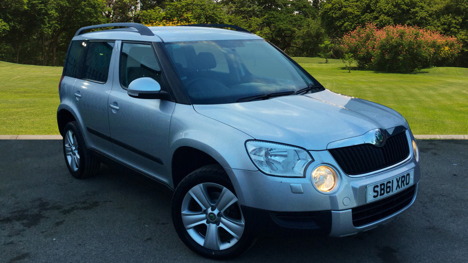 used skoda yeti 1 2 tsi se 5dr petrol estate for sale. Black Bedroom Furniture Sets. Home Design Ideas