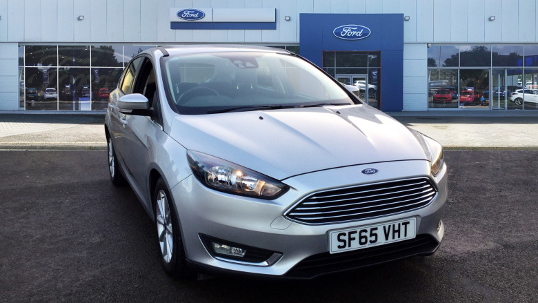 Ford Focus 1.6 125 Titanium Navigation 5dr Powershift Petrol Hatchback