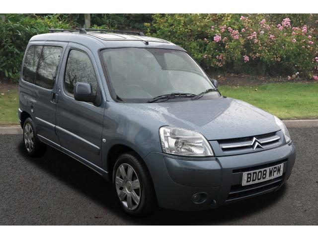 used citroen berlingo multispace 1 6 hdi 16v desire 5dr diesel estate for sale vertu volkswagen. Black Bedroom Furniture Sets. Home Design Ideas