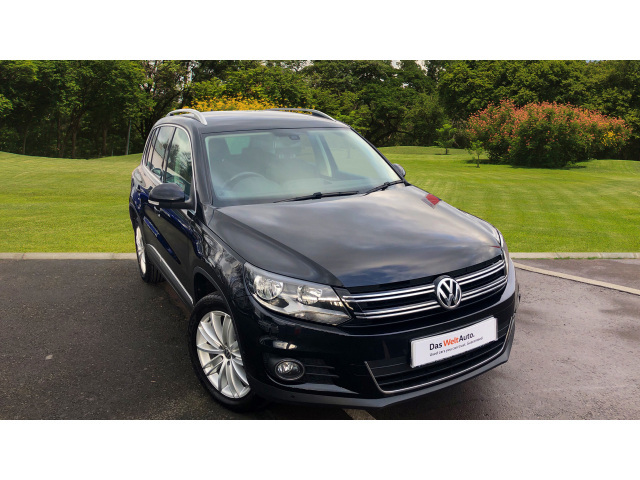 volkswagen tiguan edition bluemotion. Black Bedroom Furniture Sets. Home Design Ideas